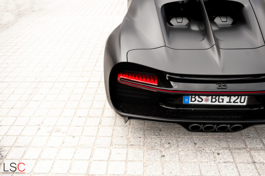 Bugatti Chiron 110 ans Place Vendôme Paris