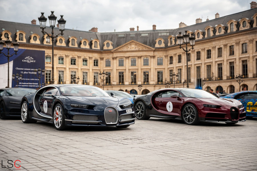 Deux Bugatti Chiron, Place Vendôme, face au Ritz Paris