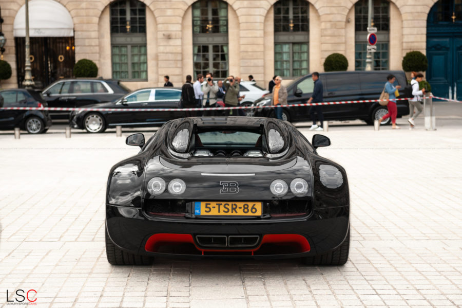 Bugatti Veyron Place Vendôme Paris