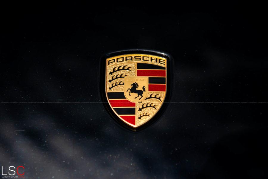 Logo Porsche Taycan